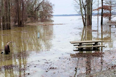 Flooding Leads to Some Closures at Land Between the Lakes - Exercise Caution